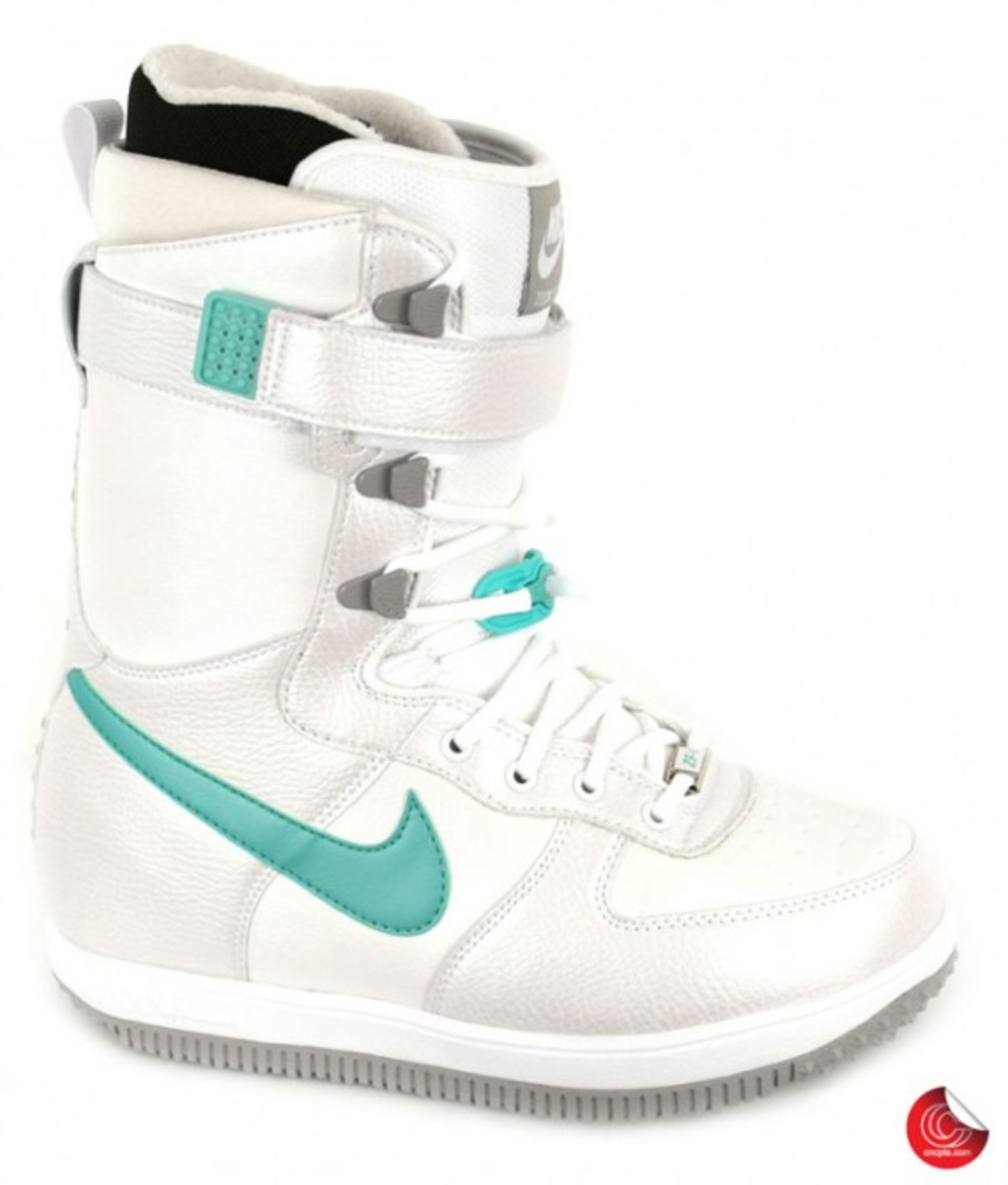 nike_snowboarding_boots_3