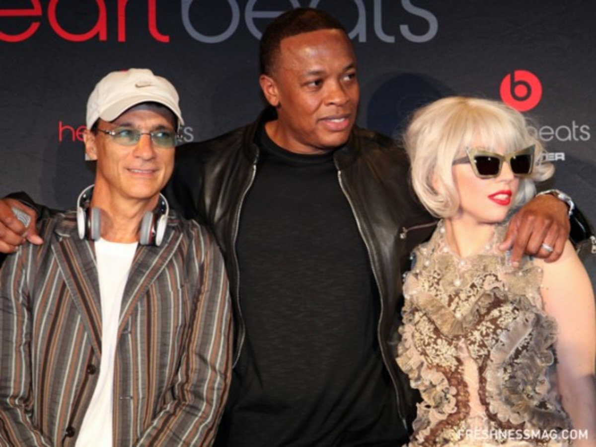 monster-lady-gaga-heartbeats-event-13
