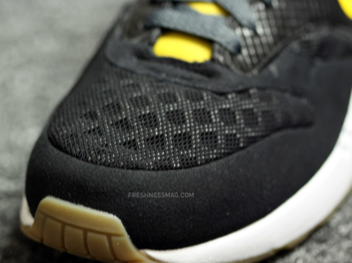 nike-air-maxim-1-torch-black-yellow-06