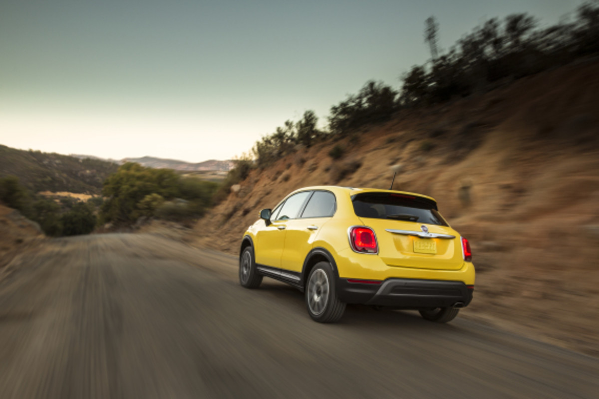 Introducing the FIAT 500X - 24