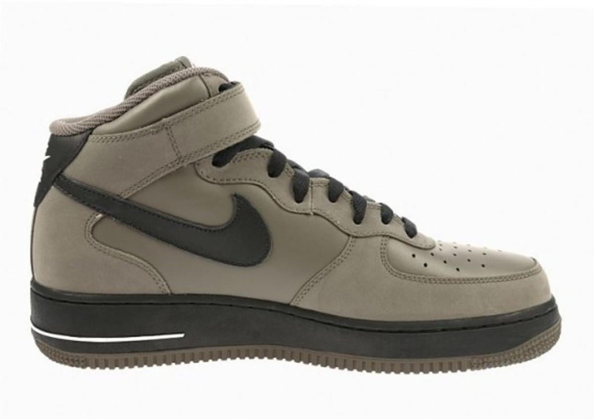 nike_air_force_1_mid_grey_4