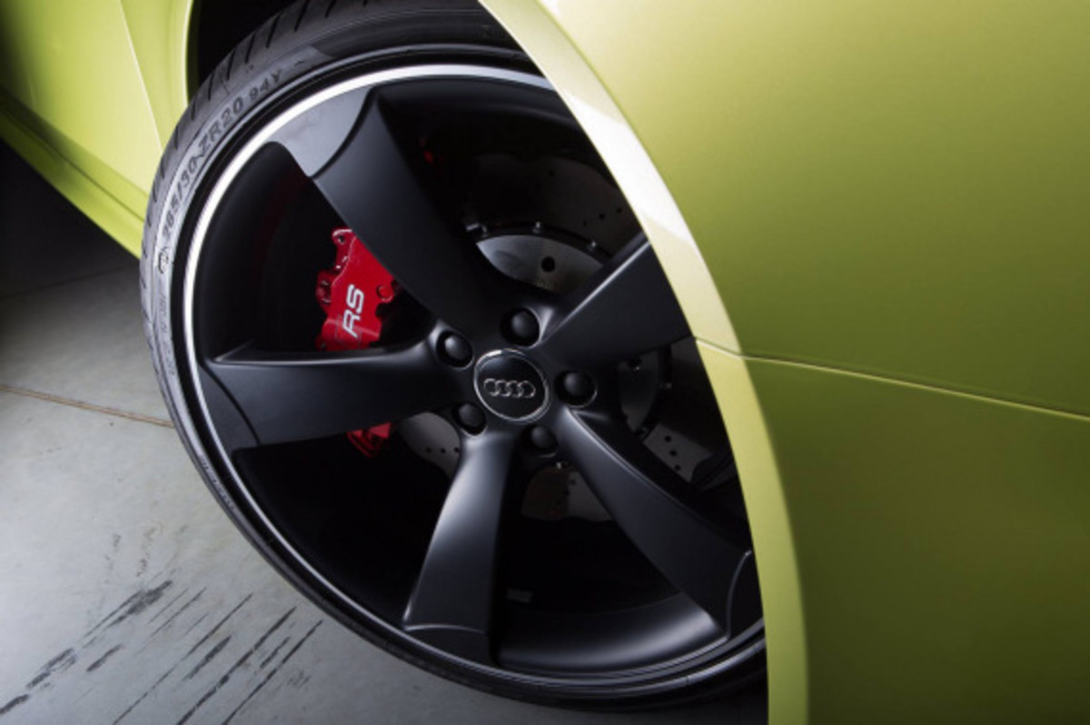 Audi Exclusive RS 4 Avant Custom in Volt Colorway - 2