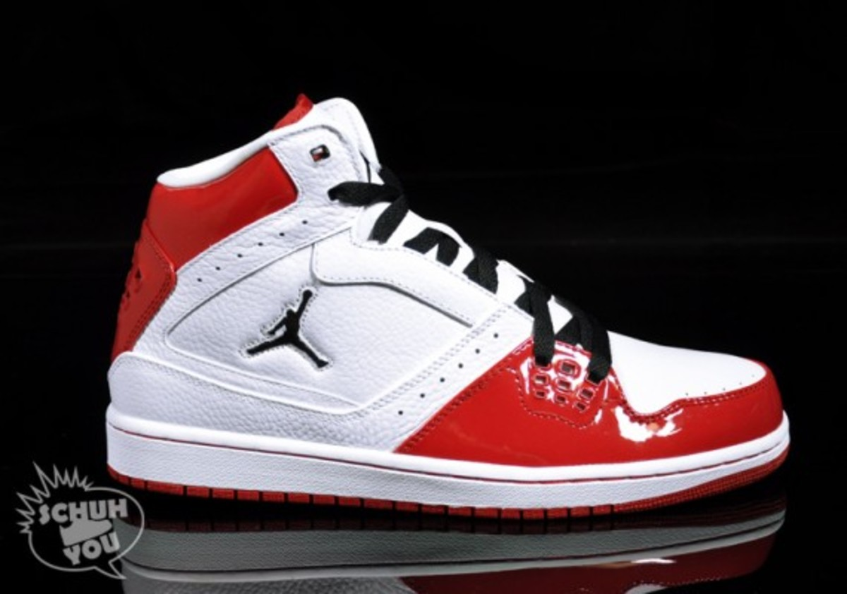 jordan_1_flight_hi_red_01