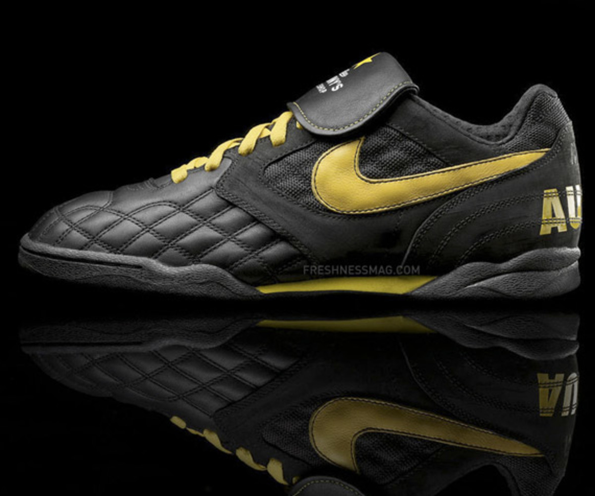 nike_sportswear_livestrong_air_zoom_tiempo_tz_3