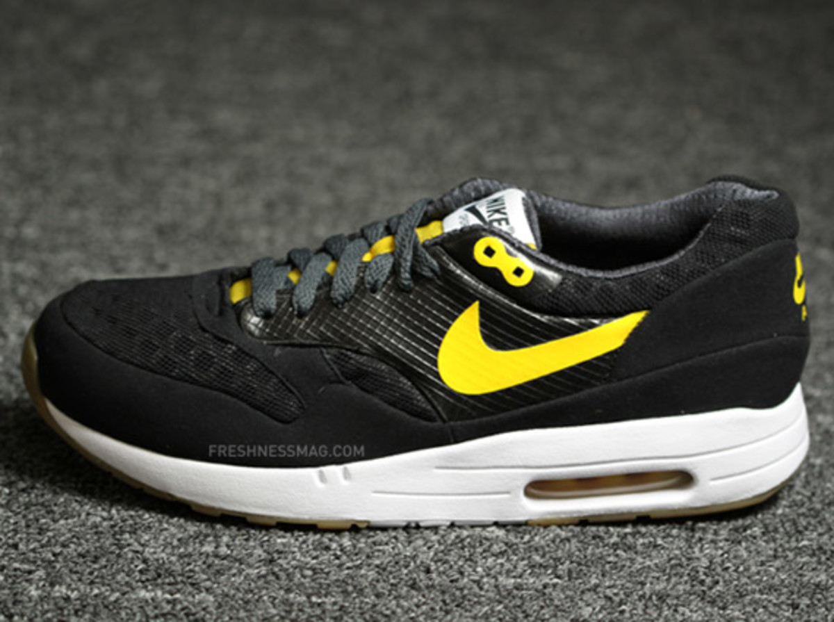 nike-air-maxim-1-torch-black-yellow-01