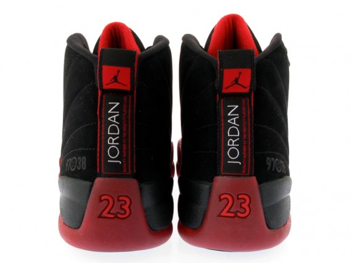 air-jordan-xii-retro-black-varsity-red-3