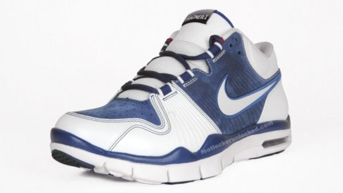 nike-air-trainer-1-mid-la-2