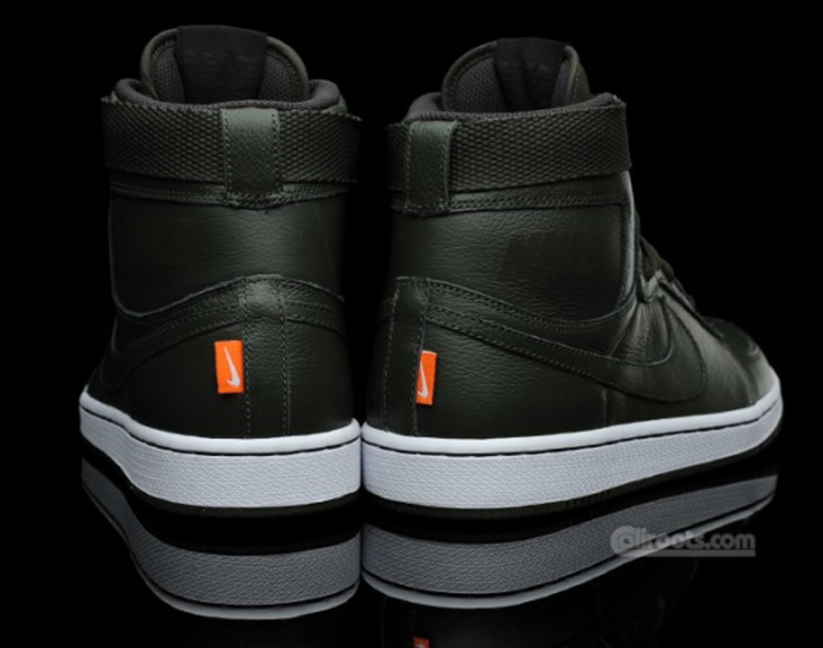 nike-dynasty-high-qk-le-dark-army4