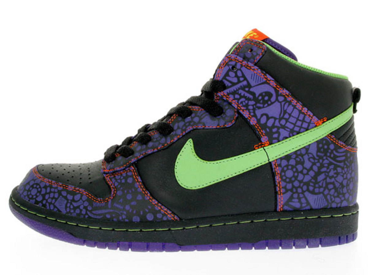 nike_day_of_the_dead_quickstrike_2