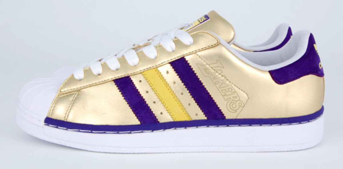 adidas_superstar_lakers_2
