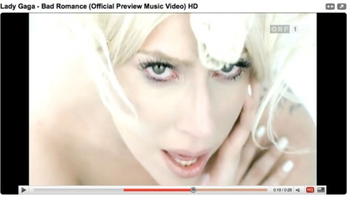 lady_gaga_bad_romance_1