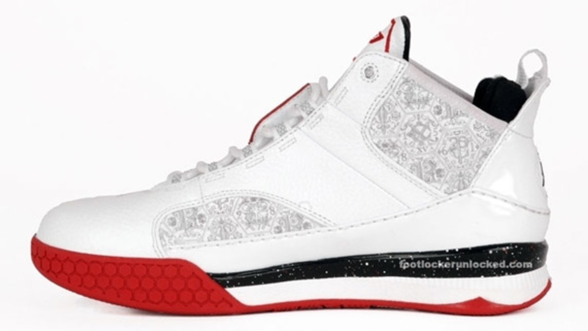 cp3iii_white_red_4