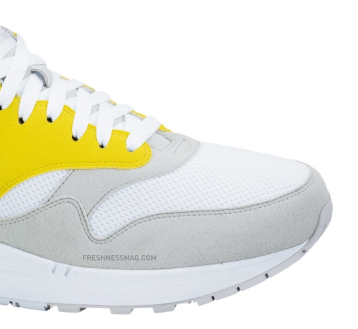 air-max-1-vibrant-yellow-03