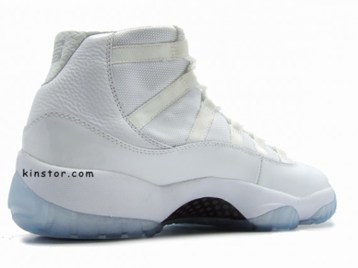 air_jordan_11_whitexwhite_3