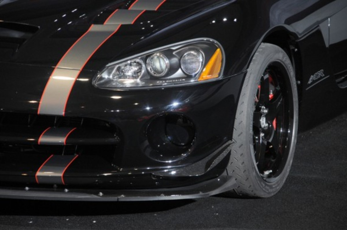 2010_dodge_viper_limited_edition_9