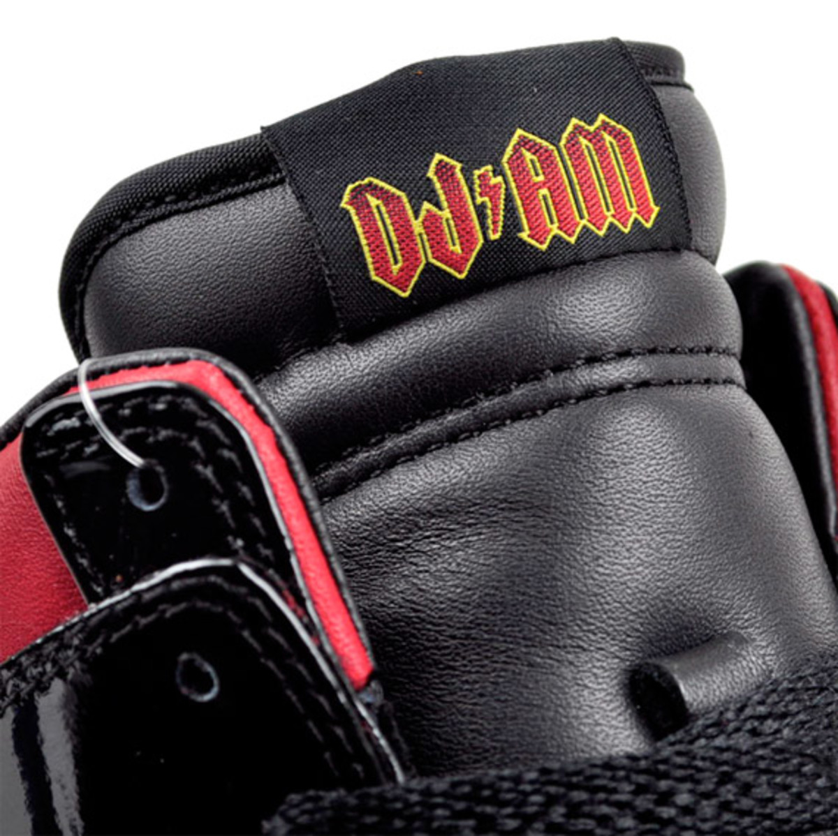 dj-am-nike-dunk-01