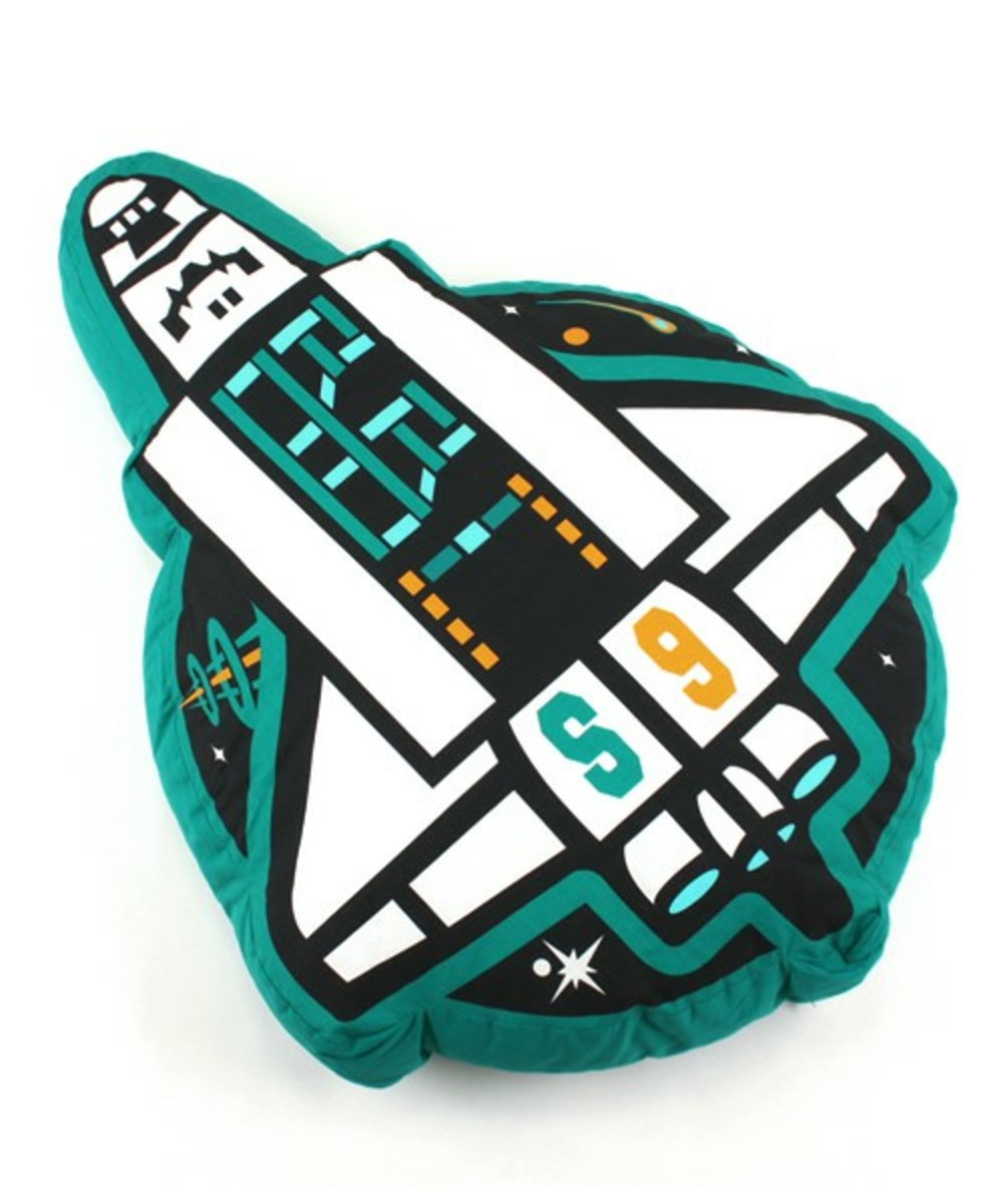 mission-patch-cushion