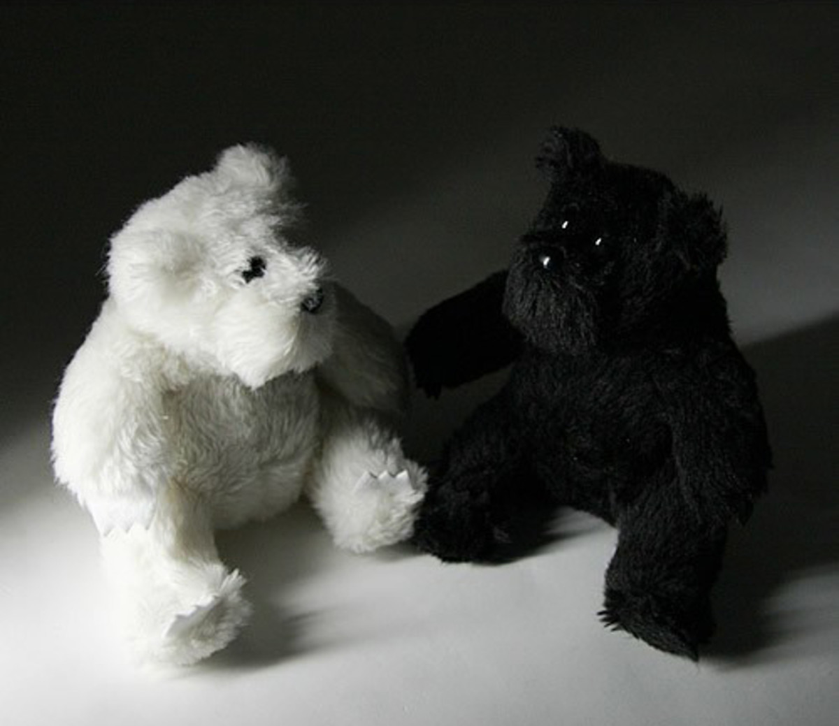 bounty-hunter-fragment-design-plush-teddy-bear-01