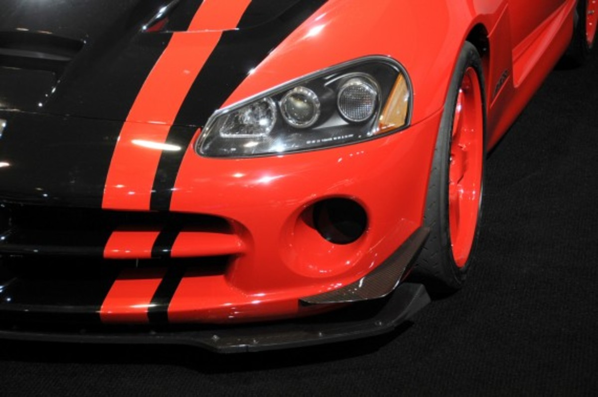2010_dodge_viper_limited_edition_3