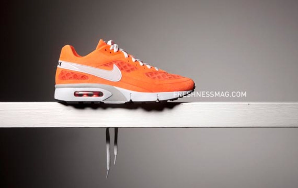 Nike Sportswear - Spring/Summer 2010 - Six (6) Collaboration - Netherlands - Delta