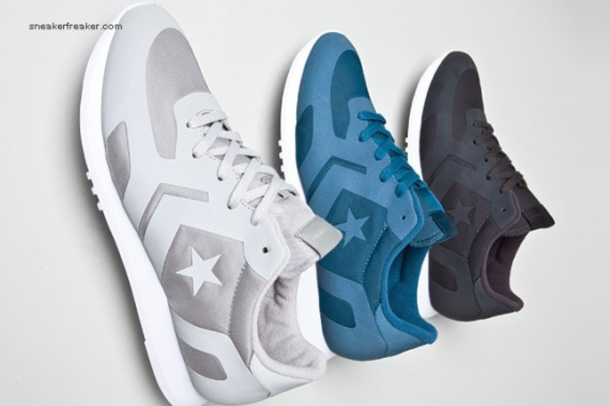 converse-auckland-racer-first-string-1