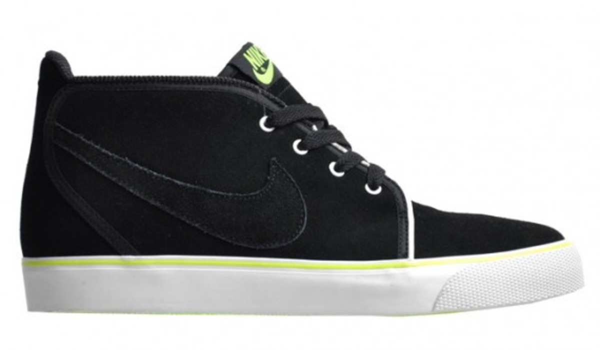nike-toki-nd-black-volt-1