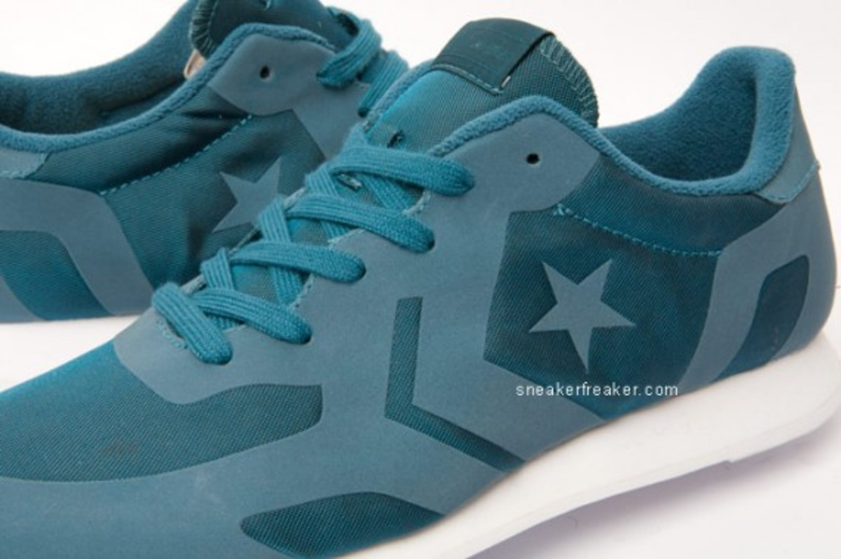 converse-auckland-racer-first-string-4