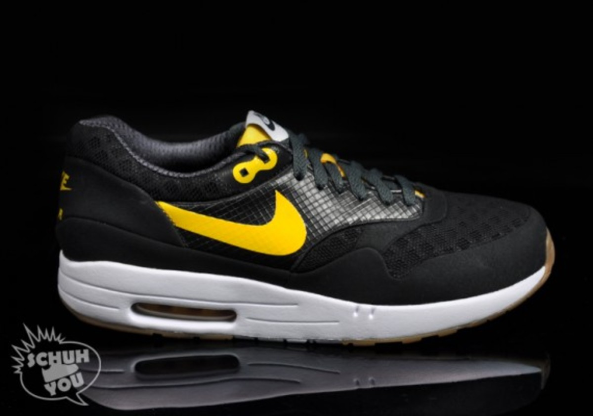 nike-air-maxim-1-torchnd-black-white-yellow-01