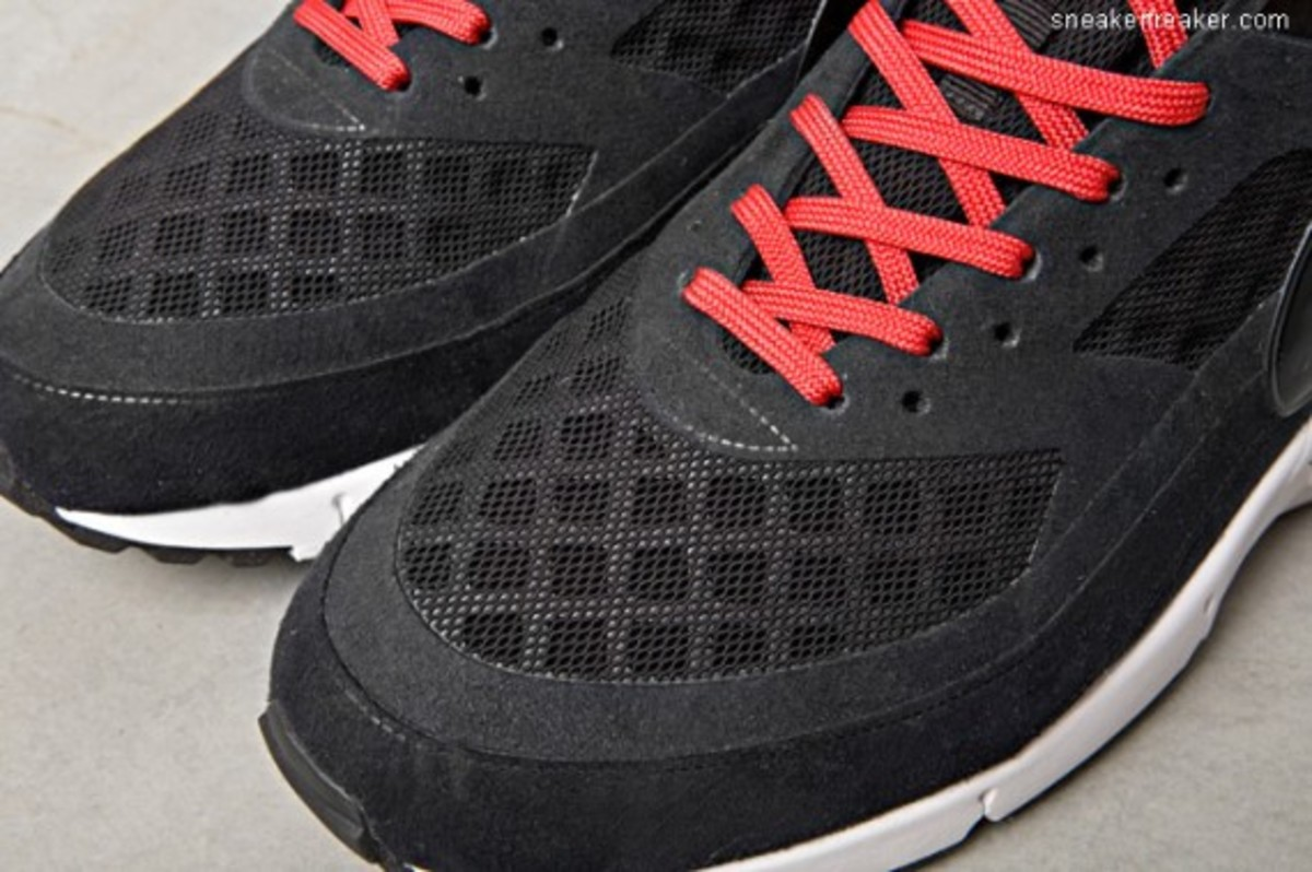 nike-air-max-bw-gen-ii-detailed-images-3