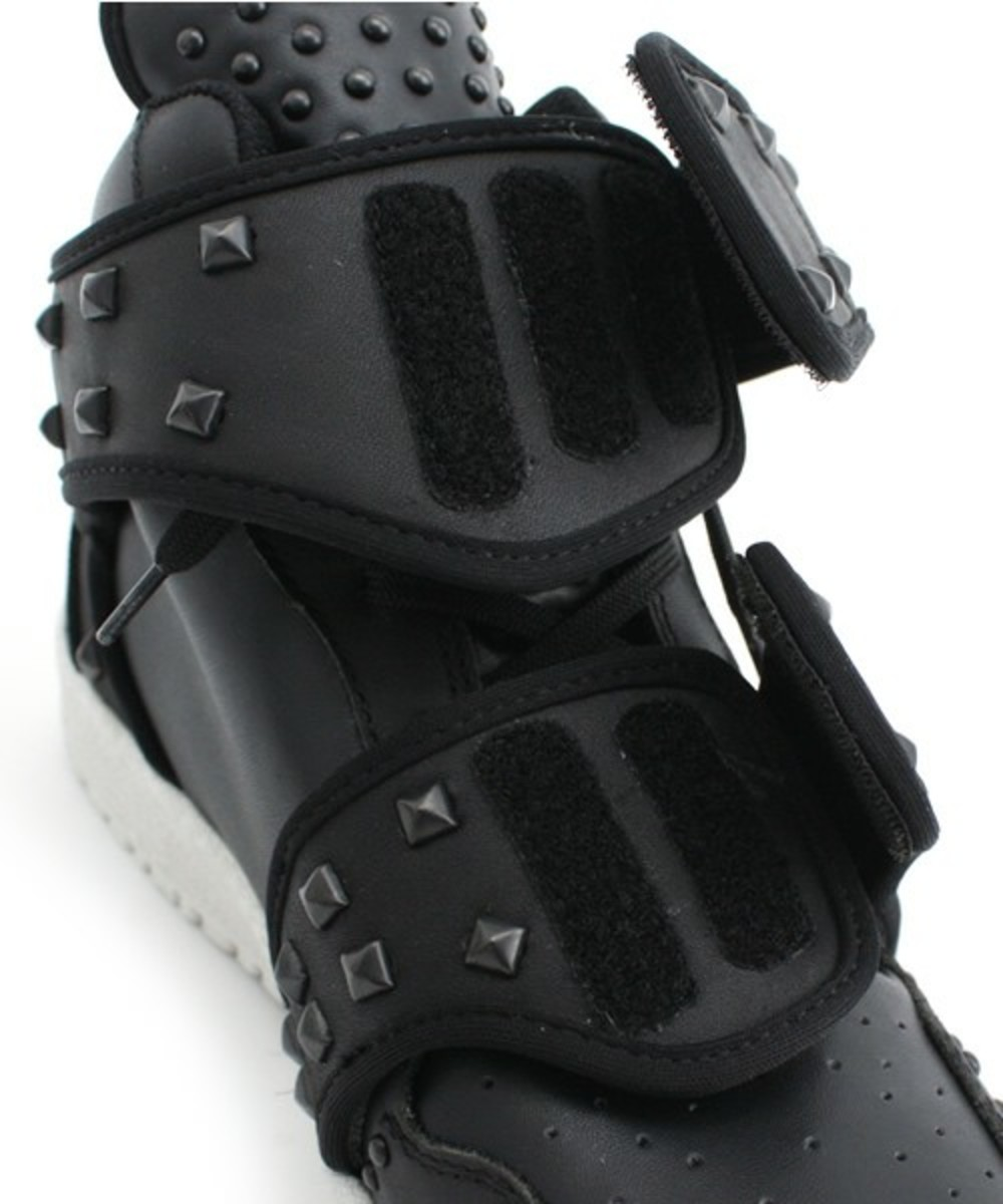 ato_cow_hide_studded_5
