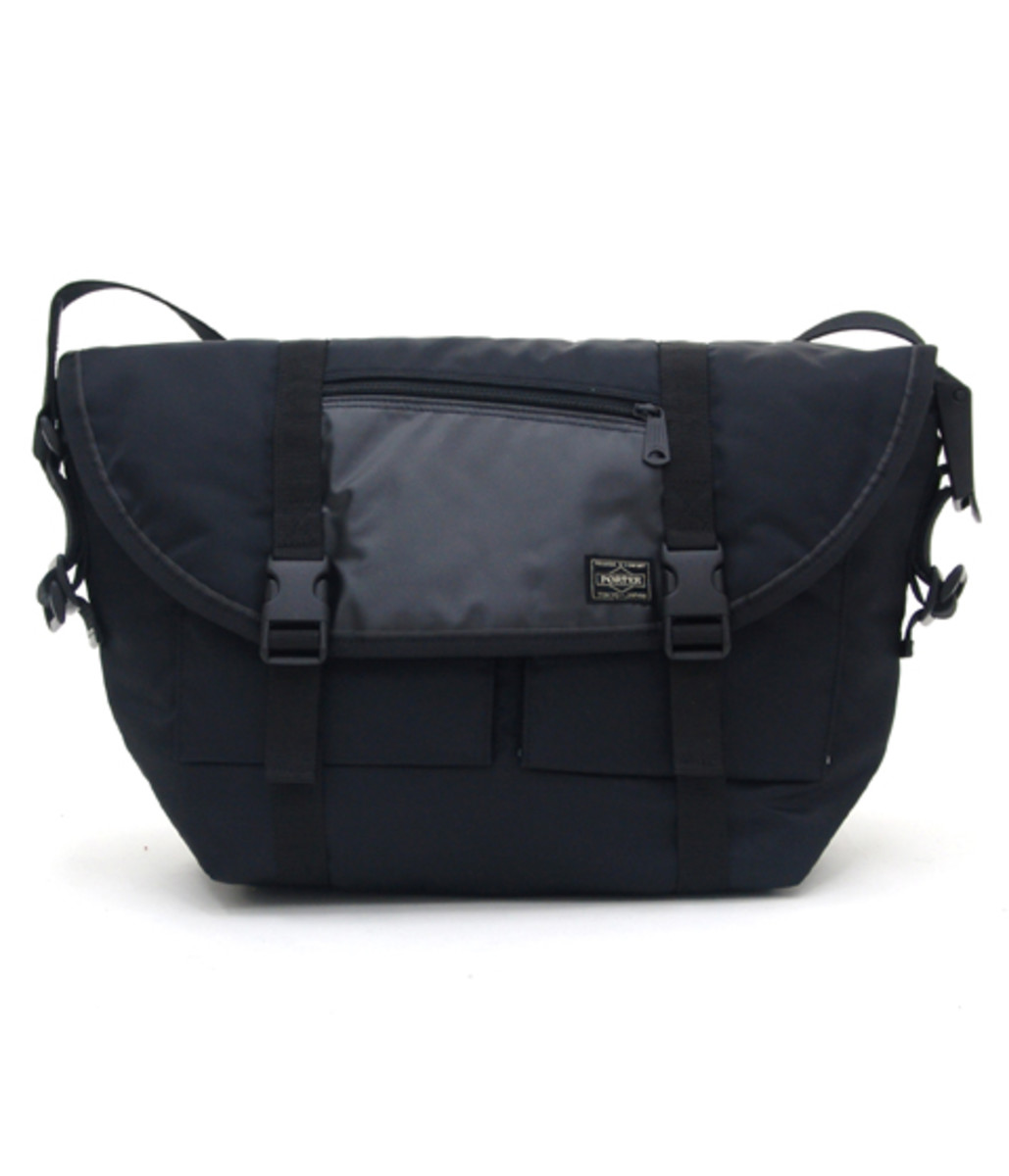 switching-strap-messenger-bag2