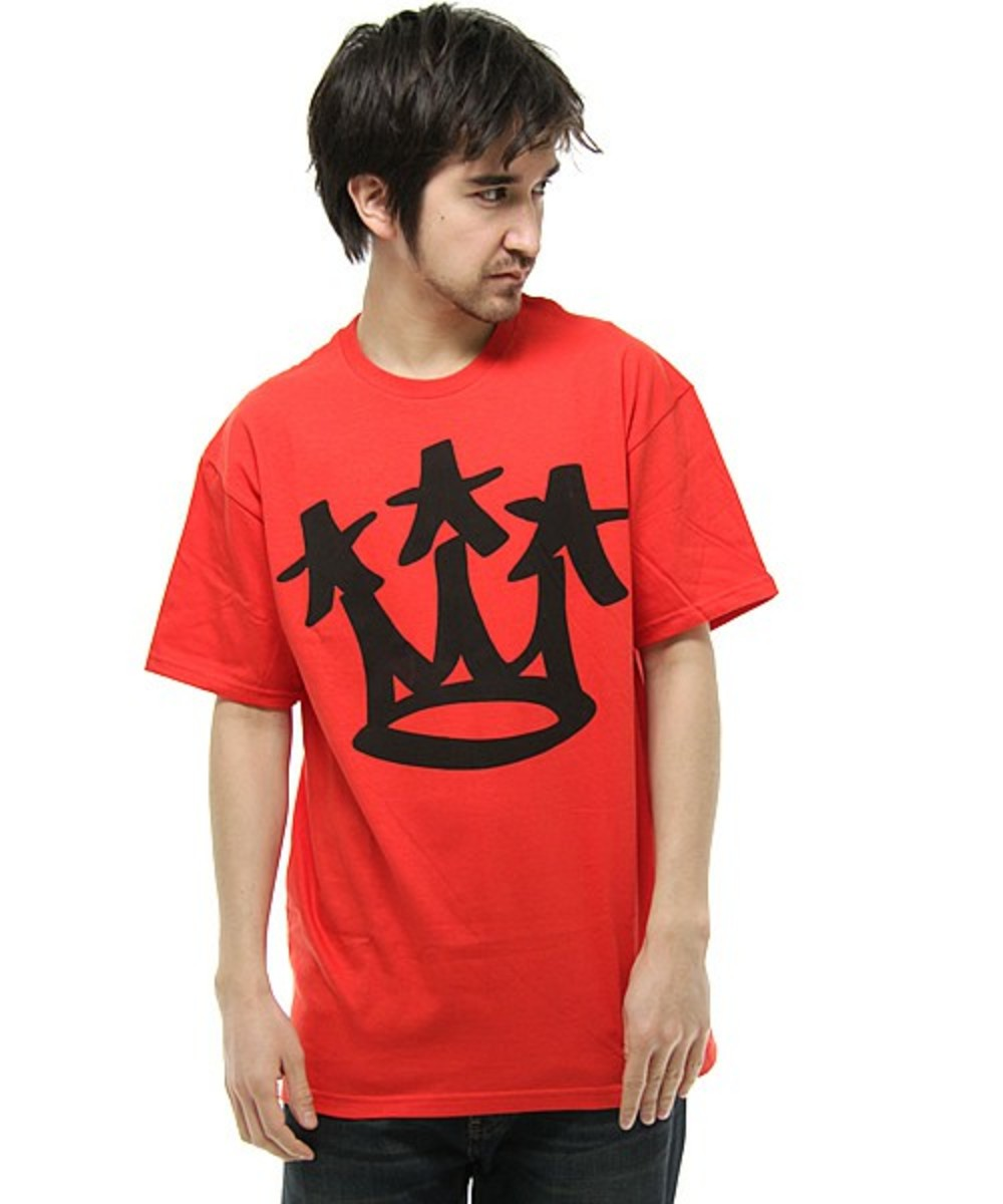 star-crown-t-shirt-red