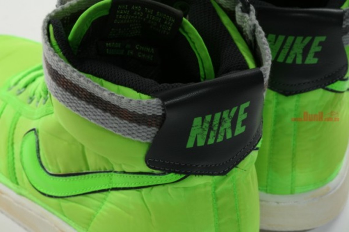 nike-vandal-high-vntg-neon-nylon-pack-4