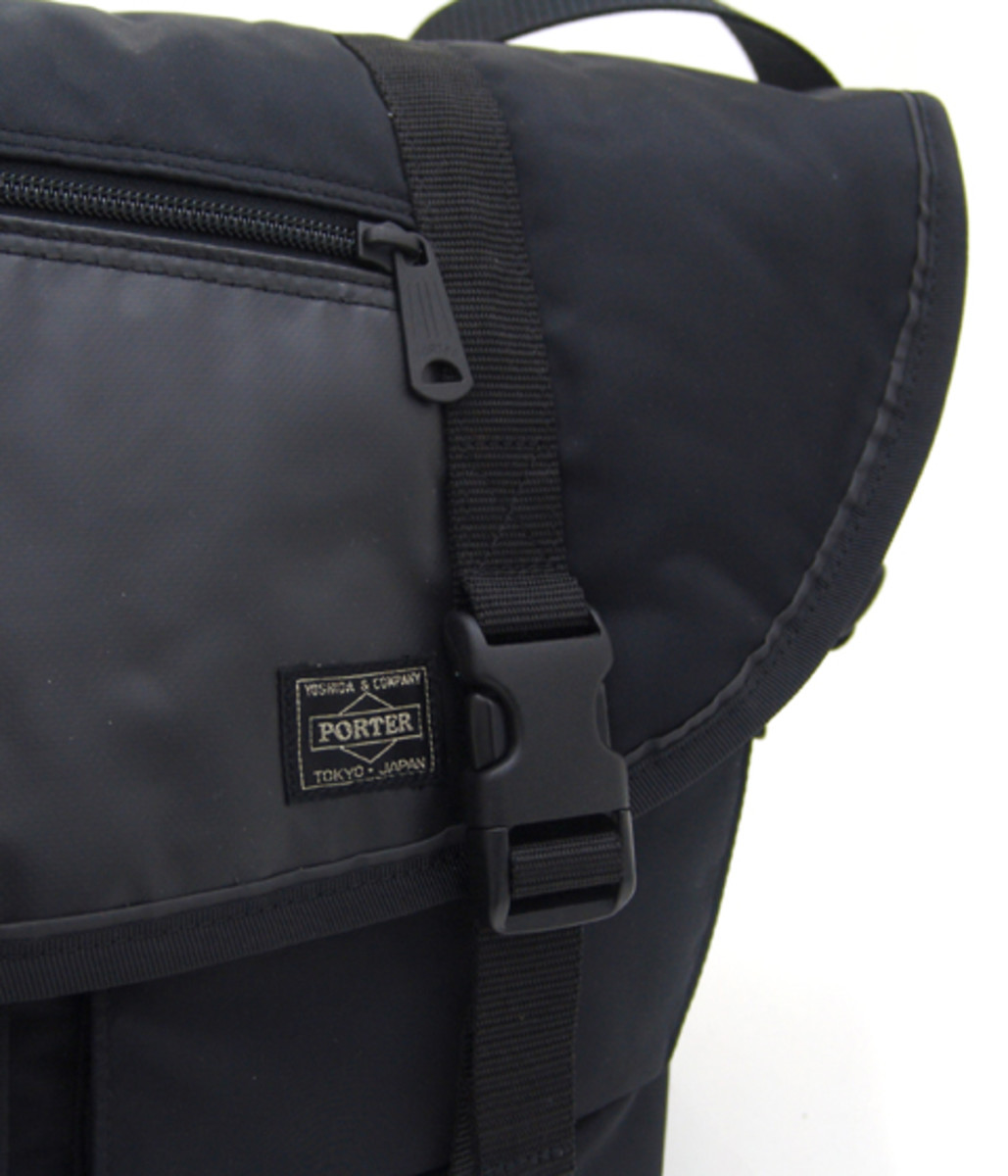 switching-strap-messenger-bag4