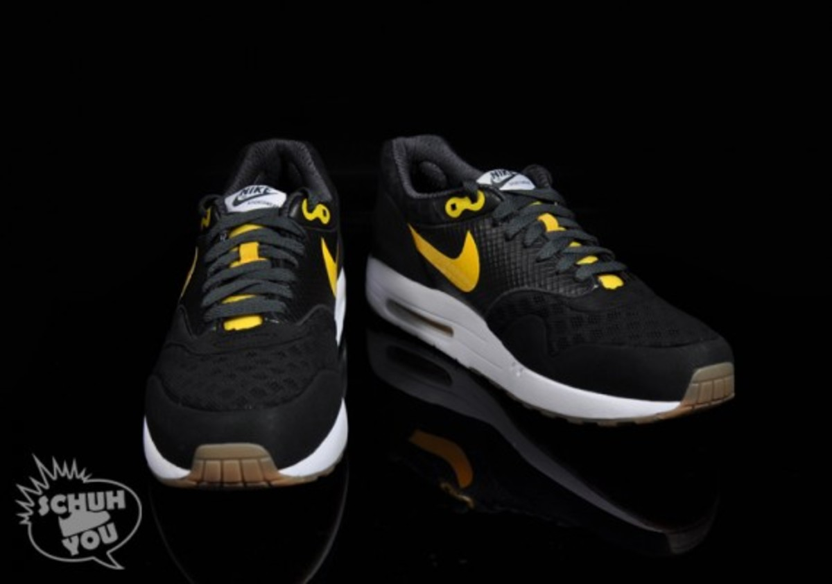 nike-air-maxim-1-torchnd-black-white-yellow-03