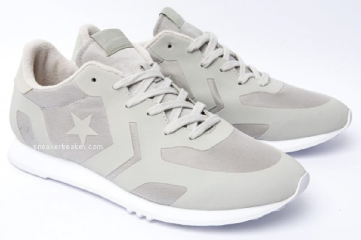 converse-auckland-racer-first-string-5