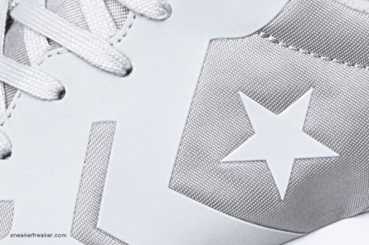 converse-auckland-racer-first-string-3