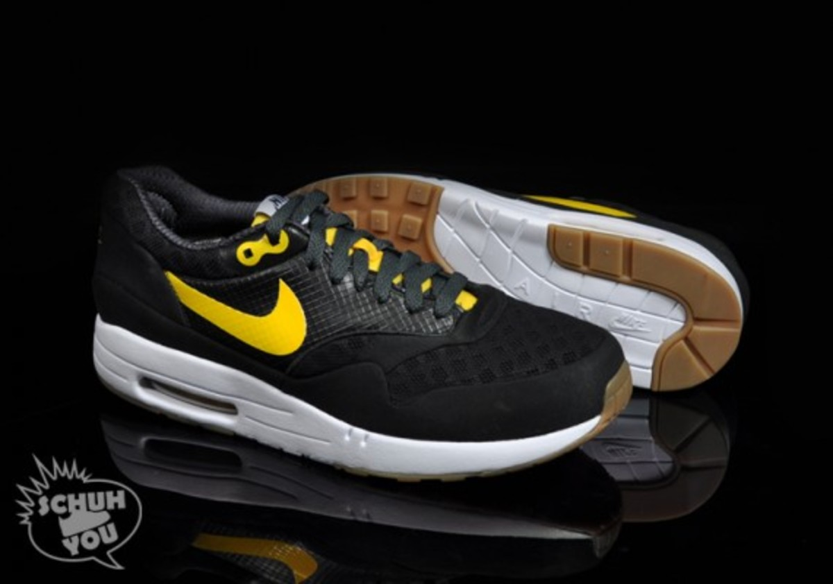 nike-air-maxim-1-torchnd-black-white-yellow-04
