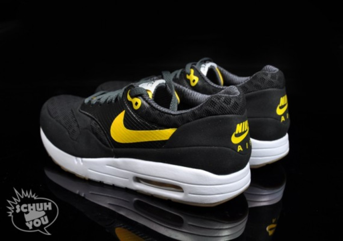 nike-air-maxim-1-torchnd-black-white-yellow-06