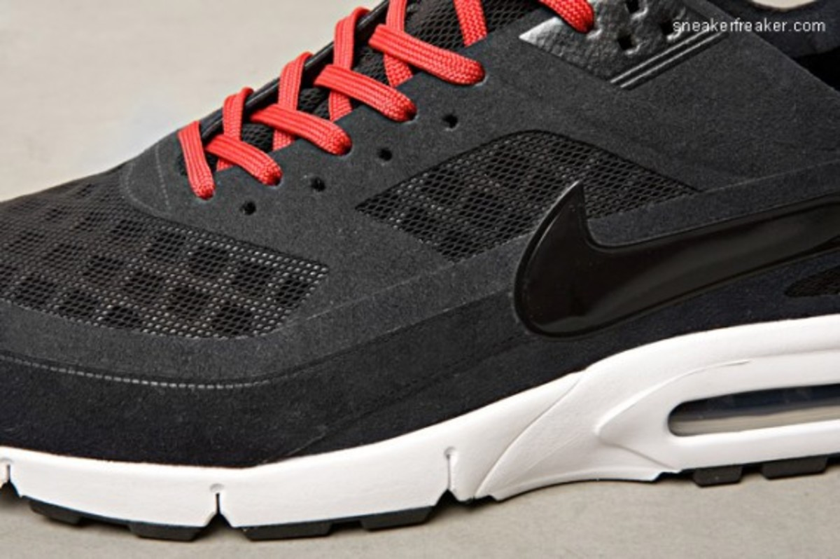 nike-air-max-bw-gen-ii-detailed-images-5