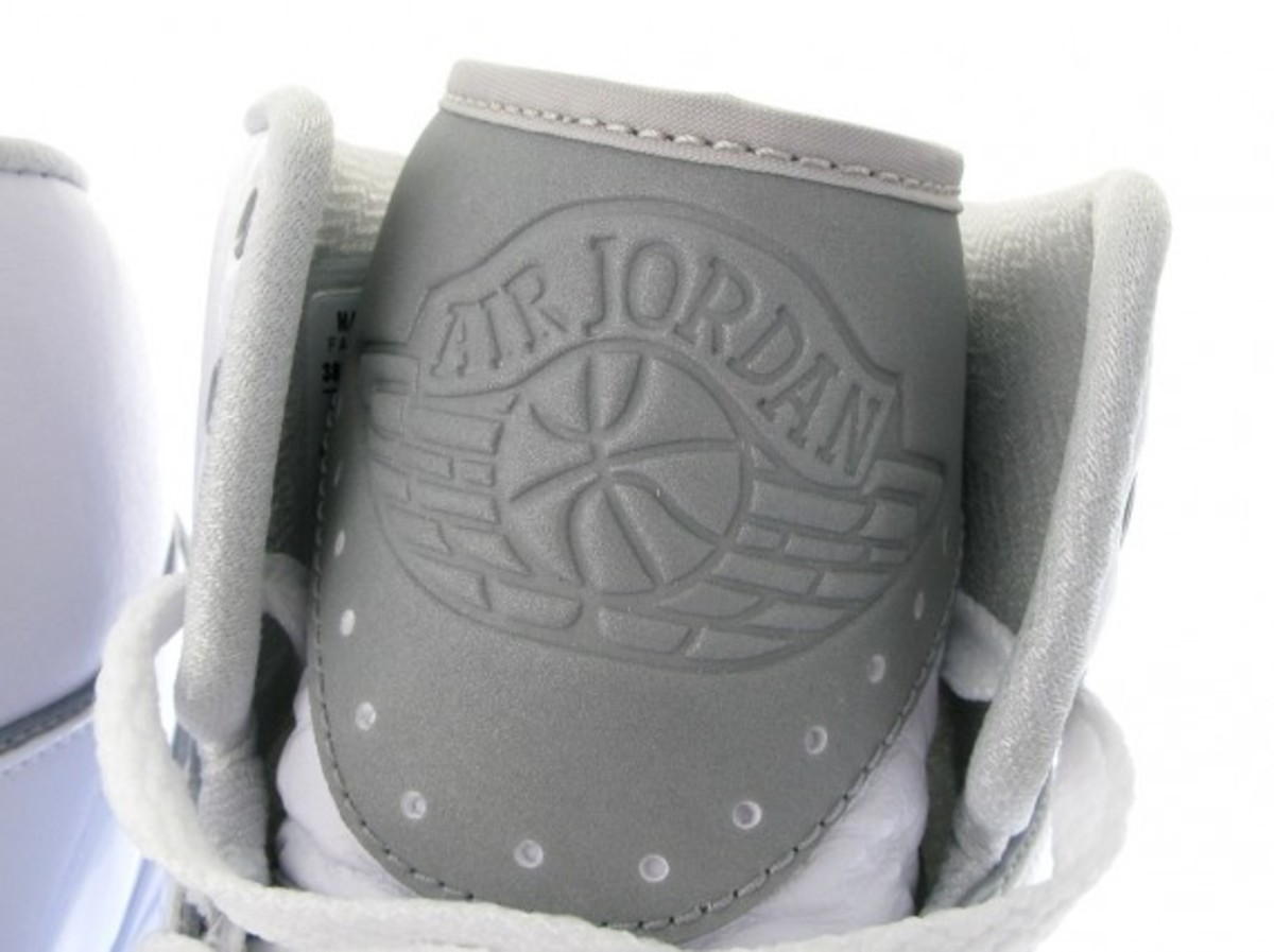 air-jordan-ii-retro-white-available-now-6