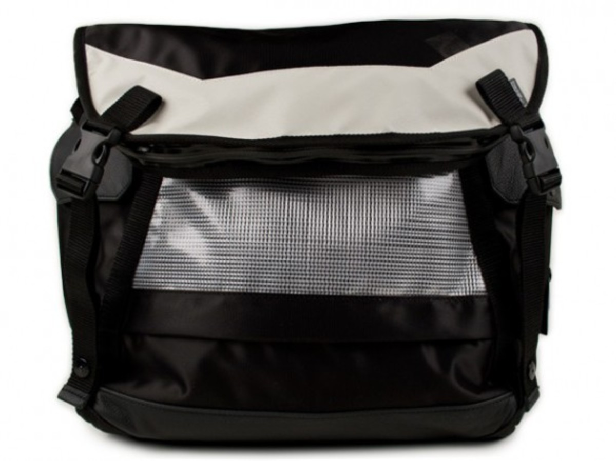 transformable-messenger-bag