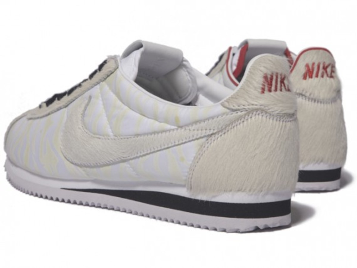 nike_year_of_the_tiger_cortez_2