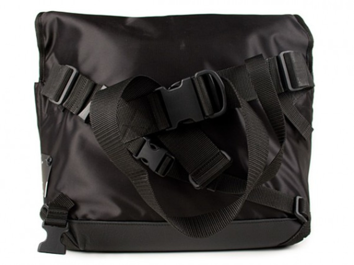 transformable-messenger-bag-2