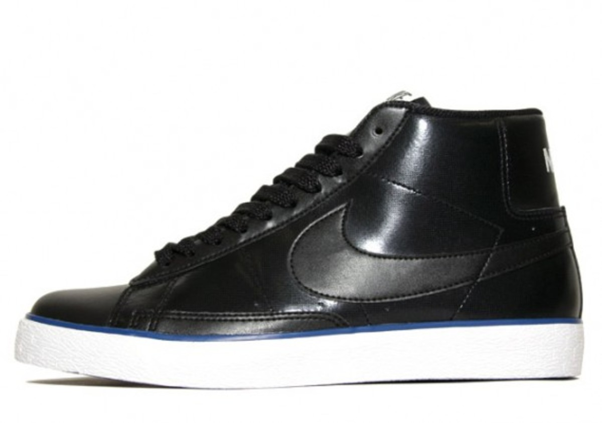 nike-sportswear-spring-2010-available-4