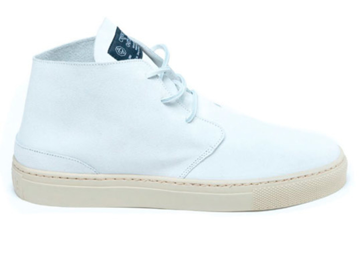 crooks-castles-summer-2010-footwear-apache-021