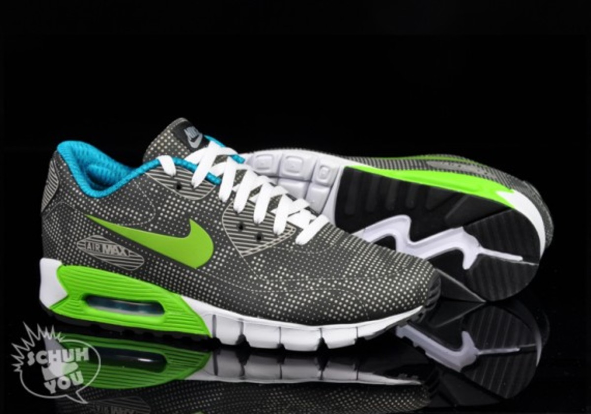 nike-air-max-90-current-moire-black-green-03