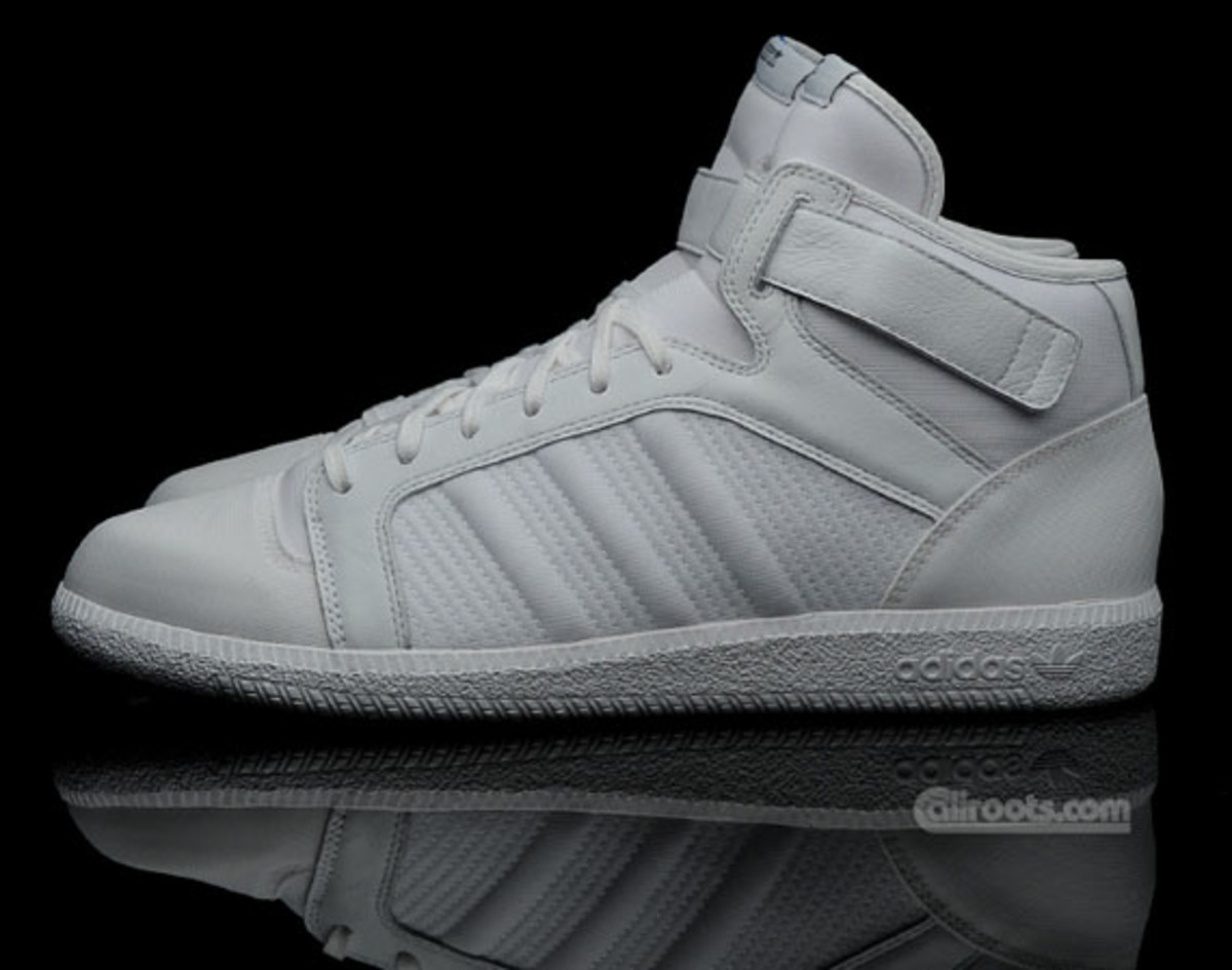 adidas-originals-a039-fall-back-02