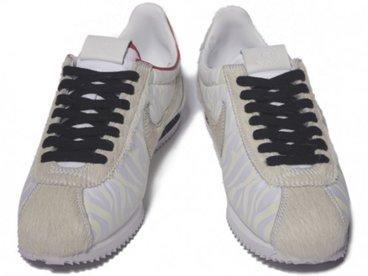 nike_year_of_the_tiger_cortez_4