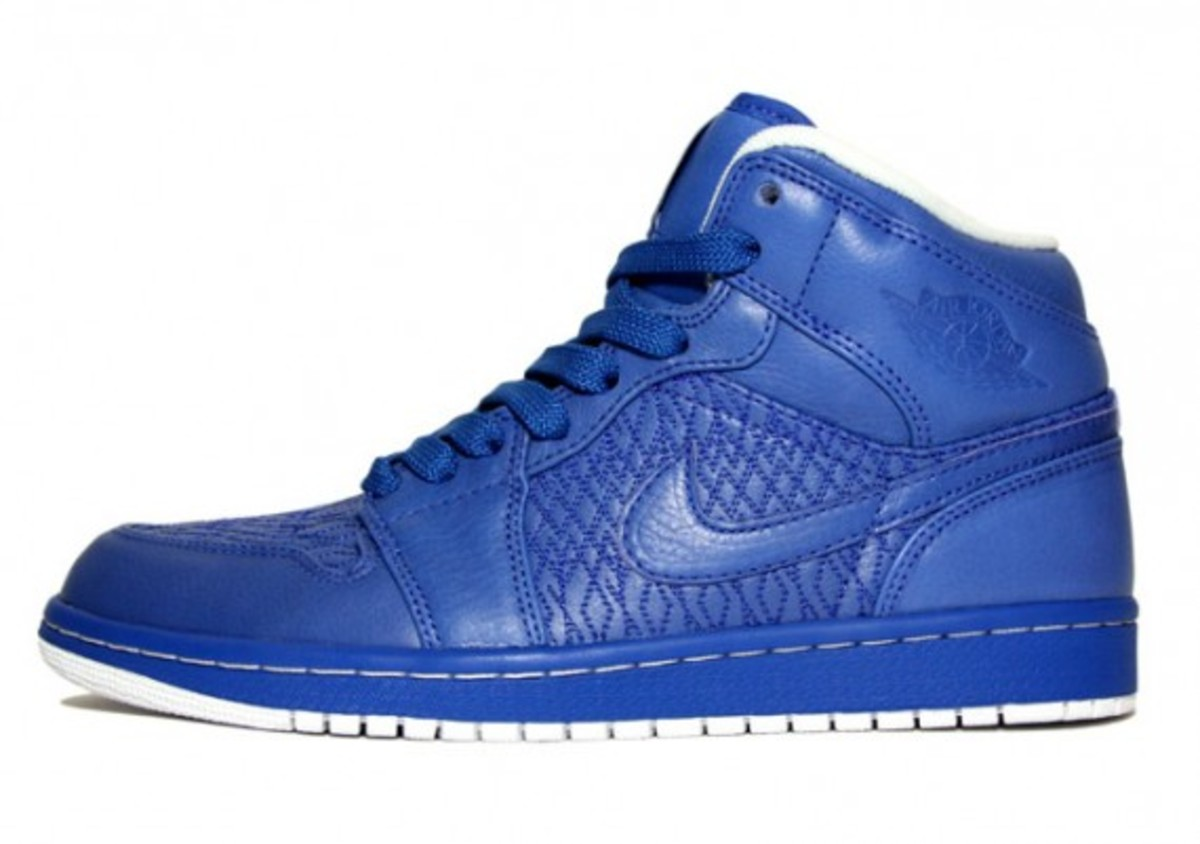 air-jordan-1-high-quickstrike-2